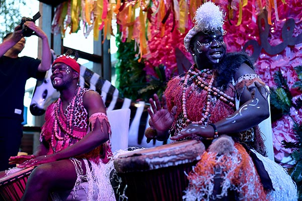 Африканское шоу-группа Килиманджаро